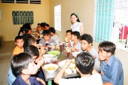 ha-phuong-charity-45